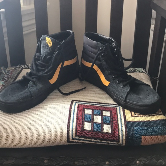 Vans Sk8 hi black and yellow w cordura fabric